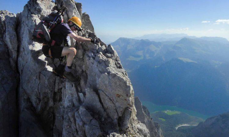 Einige Kletterpassagen im II. Grad.